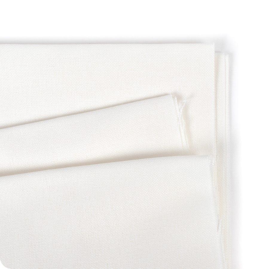 Antique White 11 count  Aida 55 x 50 cm Fat Quarter Zweigart
