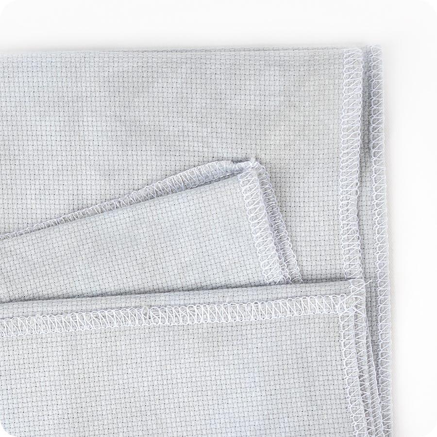 "Zweigart Aida 18 Count Fabric Fat Quarter 18/"" x 21/"" Cross Stitch 14 Colors"