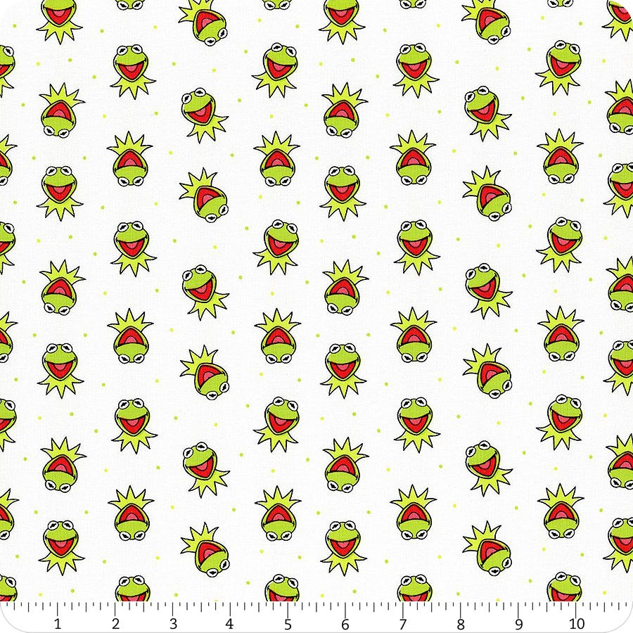 The Muppets Cotton Fabric by the Yard Camelot 85320103-2 Miss Piggy in Pink
