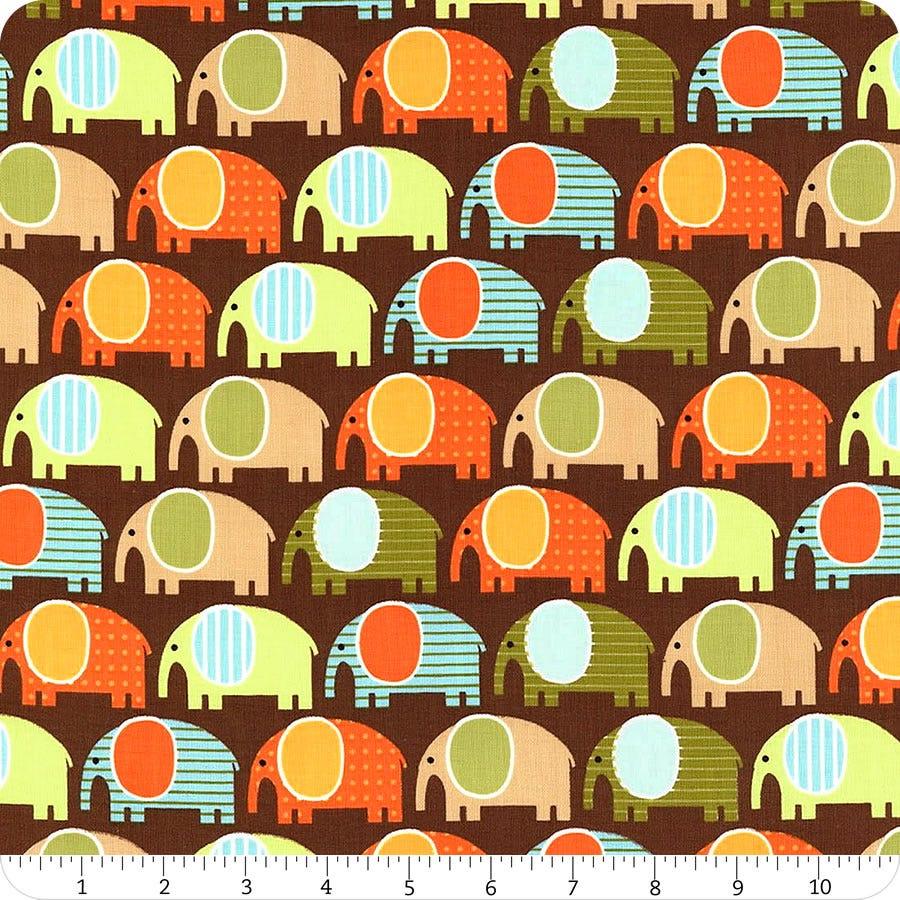 Robert Kaufman Urban Zoologie ELEPHANT FABRIC material AAK fat quarters 13956